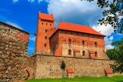 Castelo velho na ilha, a cidade de Trakai, Lituânia Fotos de Stock