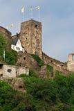 Castelo velho no monte imagens de stock royalty free