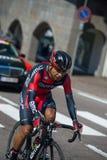 Castelrotto, Италия 22-ое мая 2016; Atapuma Дарвин, профессиональный велосипедист, во время подъема трудного времени пробного Стоковая Фотография