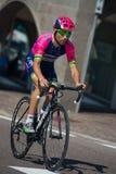 Castelrotto, Italië 22 Mei, 2016; Diego Ulissi, professionele fietser, tijdens een harde tijdproef beklimt Stock Fotografie
