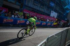 Castelrotto, Italie le 22 mai 2016 ; Rigoberto Uran, cycliste professionnel, pendant une montée d'essai de difficulté image libre de droits