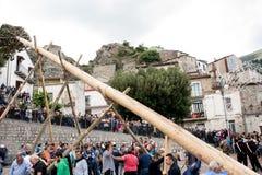 Castelsaraceno, Włochy, 18-06-2017: Losu Angeles Festa della ` Ndenna, Rito zdjęcia stock