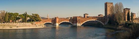 Castelvecchio и свой мост, в Вероне Стоковая Фотография RF