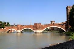 Castelvecchio Brücke über dem Adige-Fluss, Verona Lizenzfreies Stockbild