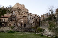 Castelvecchio Di Rocca Barbena Στοκ φωτογραφία με δικαίωμα ελεύθερης χρήσης