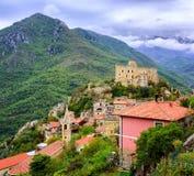 Castelvecchio di Rocca Barbena, Italia Immagini Stock Libere da Diritti