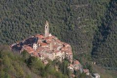 Castelvittorio Vila antiga, província dos impérios, Itália Imagens de Stock Royalty Free