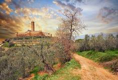 Castiglion Fiorentino, Тоскана, Италия: средневековый замок Montec Стоковое фото RF