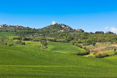 Castiglione d'Orcia Town and Nearest Farmland, Tuscany, Italy Royalty Free Stock Photos