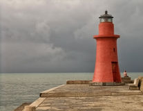 Castiglione-della Pescaia, Toskana, Italien: roter Leuchtturm stockbild