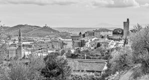 Castiglione Fiorentino, una ciudad medieval antigua en Toscana Fotos de archivo
