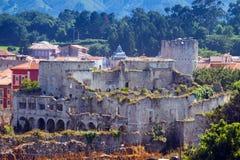 Castillo abandonado de Llanes asturias Fotos de archivo libres de regalías