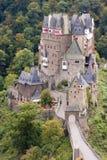 Castillo alemán antiguo en el otoño Foto de archivo libre de regalías