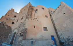 Castillo antiguo en el pueblo Emporio, Santorini, Grecia Fotografía de archivo