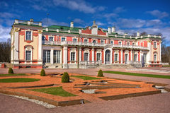 Castillo barroco del estilo en Kadriorg Tallinn Fotografía de archivo