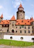 Castillo Bouzov, Moravia, República Checa, Europa foto de archivo libre de regalías