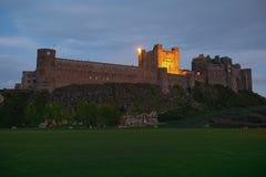 Castillo de Bamburgh, Northumberland, del oeste Fotografía de archivo