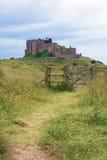 Castillo de Barnburgh en Northumberland Reino Unido imágenes de archivo libres de regalías