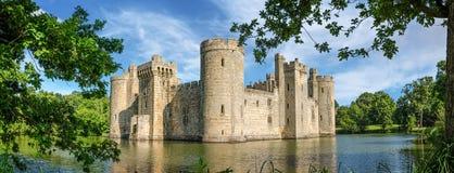 Castillo de Bodiam en Inglaterra Foto de archivo libre de regalías