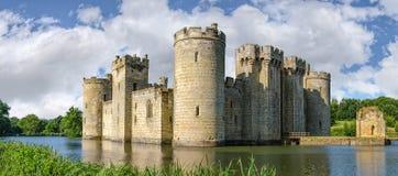 Castillo de Bodiam en Inglaterra Imagen de archivo libre de regalías