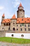 Castillo de Bouzov, República Checa, Europa imágenes de archivo libres de regalías