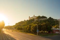 Castillo de Bratislava en el capital de Eslovaquia Imágenes de archivo libres de regalías