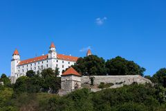 Castillo de Bratislava en Eslovaquia Fotos de archivo