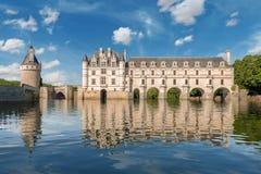 Castillo de Chenonceau, construido sobre el río de Cher, el valle del Loira, Francia fotos de archivo