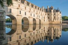Castillo de Chenonceau en el amanecer imagen de archivo libre de regalías