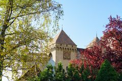 Castillo de Chillon en el lago Lemán en montañas de las montañas, Montreux, Switz Fotos de archivo libres de regalías