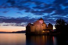Castillo de Chillon, Suiza Montreaux, lago Geneve, uno del castillo visitado en suizo, atrae a m?s de 300.000 visitantes fotografía de archivo libre de regalías