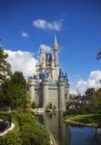 Castillo de Cinderella del mundo de Walt Disney Fotos de archivo libres de regalías