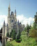 Castillo de Cinderella mágica del reino de Disney Imagen de archivo libre de regalías