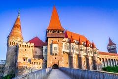 Castillo de Corvin, Transilvania en Rumania imagenes de archivo