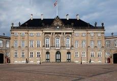 Castillo de Dinamarca Copenhague Amalienborg del palacio de la reina Foto de archivo