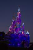 Castillo de Disney durante ocaso Fotos de archivo