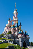 Castillo de Disneylandya París Foto de archivo libre de regalías