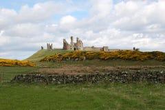 Castillo de Dunstanburgh. Fotografía de archivo