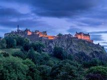 Castillo de Edimburgo en la noche Imagen de archivo libre de regalías
