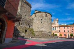 Castillo de Fieschi en Varese Ligure, provincia de Spezia del La, Italia, fotografía de archivo libre de regalías