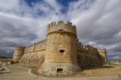 Castillo de Grajal de Campos en la provincia de León, España fotos de archivo