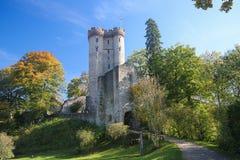 Castillo de Kasselburg en Vulkaneifel, Renania-Palatinado, Alemania Imagenes de archivo