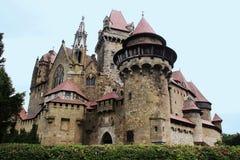 Castillo de Kreuzenstein del Burg Imagen de archivo libre de regalías