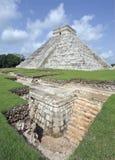 Castillo de kukulcan at chichen-itza Royalty Free Stock Images