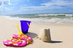 Castillo de la arena en la costa Fotografía de archivo libre de regalías