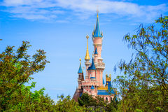 Castillo de la bella durmiente en Disneyland París, editorial de Eurodisney fotografía de archivo libre de regalías