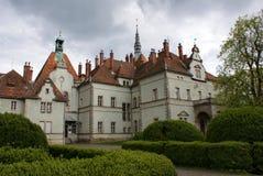 Castillo de la caza de la cuenta Schonborn en Carpaty Imagen de archivo libre de regalías