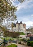 Castillo de la ciudad de Pau en Francia fotos de archivo
