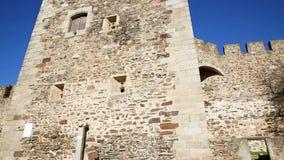 Castillo de la ciudad de Terena, el municipio de Alandroal almacen de metraje de vídeo