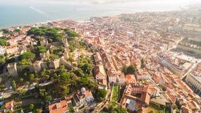 Castillo de la opinión de San Jorge y del río Tagus Lisboa desde arriba Foto de archivo